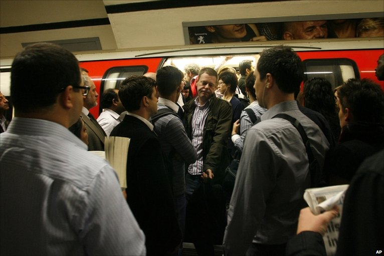 Things I'd ban if I were in charge- not having your oyster card ready