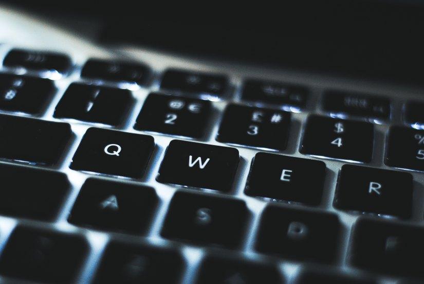 keyboard blogging
